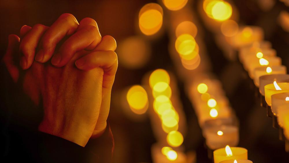prayinghandsas2.jpg